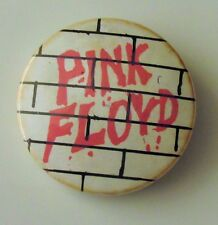 PINK FLOYD THE WALL OLD METAL BUTTON BADGE FROM THE 1980's ROGER WATERS
