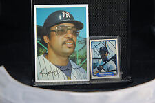 VINTAGE LOT OF 2 REGGIE JACKSON CARDS - 1982 FLEER & TOPPS OVERSIZED