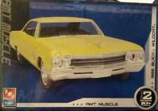 1:25 scale 1966 Buick Wildcat plastic model kit by AMT