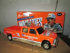 Chevy Dually 1 ton #3 dale Ernhardt 1:24 Truck Bank Wheaties  goodwrench action