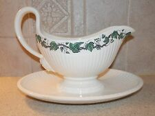 WEDGWOOD CHINA STRATFORD PATTERN EDME SHAPE 1 PIECE GRAVY