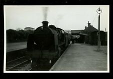 Wilts LUDGERSHALL Railway Station Engine 31620 train from Cheltenham 1959 RP