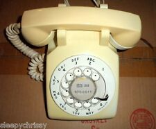 1972 Bell 500 Vintage Collectible Antique Rotary Telephone  Beige / White