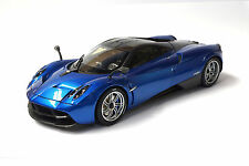 #11007 - Welly Pagani Huayra - metallic-blau/carbon - GTA Edition - 1:18
