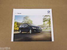 2012 Volkswagen VW Routan S SE SEL Premium sales brochure dealer catalog