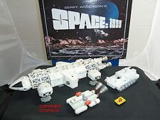 PRODUCT ENTERPRISE GERRY ANDERSON SPACE 1999 EAGLE DIECAST MODEL GIFT SET