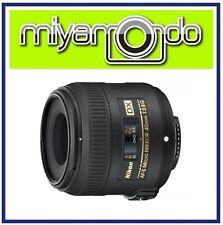 Nikon AF-S DX Micro 40mm f/2.8G Lens