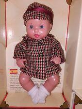 Muñeco Juanin bebe de MARIQUITA PEREZ con baul-armario,nuevo