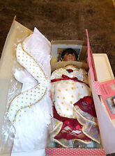"""PARADISE GALLERIES PORCELAIN DOLL W/STAND HEAVEN'S EMBRACE MUSICAL ANGEL 14"""""""