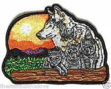 "(L40) Large WOLF AND CUBS 10"" x 7.5"" iron on back patch (3967) Biker Vest"