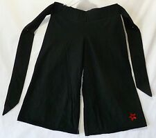 American Girl Shorts Black Gauchos Cropped Pants small (8) 95% Cotton 5% Spandex