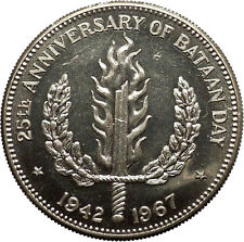 1967 PHILIPPINES 25th Anniversary of Bataan Day vs Japan Peso Silver Coin i53081