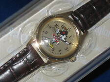 DISNEY Parks MINNIE MOUSE WATCH moves hands gold tone leather band - NEW