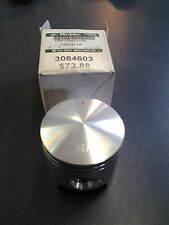 Polaris Snowmobile OEM  NEW Piston   3084603 superseded by 3085841