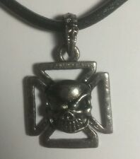 NEW DARK SIDE GENUINE LEATHER CROSS SKULL TEETH CLAW CLASP PENDANT NECKLACE