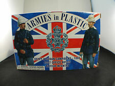 Armies in plastic World War 1 germans in Stahlhelm Helmets  20 figures 1/32 MIB