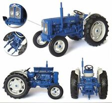 Fordson Super Major New Performance Tractor 1:32 Model 4880 UNIVERSAL HOBBIES