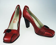 8.5 YOU by Crocs Daring Duchess Red Leather Pumps Heels EU 39 Italy