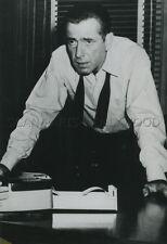 HUMPHREY BOGART BAS LES MASQUES DEADLINE USA 1952  VINTAGE PHOTO