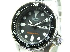 SEIKO AUTOMATIC DIVERS MENS WATCH 200M SKX013 SKX013K2 BLACK DIAL SS BAND NO BOX