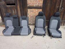 VW Golf VII 7 Variant 5G R-Line Ausstattung Sitze Stoff Alcantara schwarz grau