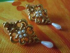 AVON*GOLD SWIRL&PEARL PIERCED EARRINGS W/SURGICAL STEEL POSTS*NEW*RARE*OLD STOCK