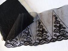 Superbe COUPON DENTELLE ancienne CHANTILLY noire 720 x 14,5 cm