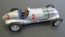 CMC 1/18 Mercedes-Benz W125, GP Donington Hermann Lang #2 ITEM: M-114