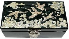 Lacquer inlaid mother of pearl wood  trinket jewelry jewel box finetree green