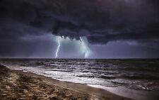 Encadrée Imprimer-féroce d'orage sur l'océan (Photo Poster temps)