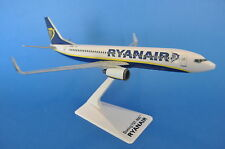 BOEING 737-800 RYANAIR 1:200 SCALE MODEL