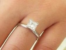 Natural Brilliant Earth Mined G Color SI1 Clarity Diamond Solitaire Gold Ring