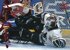 97-98 PACIFIC PARAMOUNT RED #189 KIRK MCLEAN CANUCKS *10301
