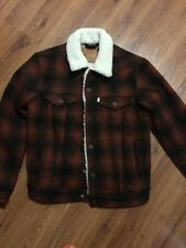 Men's Levis Buffalo Plaid Sherpa lined Red/Black Button Up Trucker Jacket NWT M