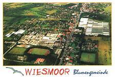 26639 Wiesmoor  -  Luftbildpanorama der Blumengemeinde mit Fußballplatz  -  1995