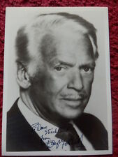 ACTOR DOUGLAS FAIRBANKS JR AUTOGRAPHED PHOTO