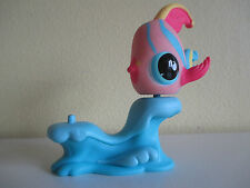 #643 Littlest Pet Shop Angel Fish and Stand Excellent Clean Condition