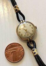 Reloj Pulsera Hermosa vintage señoras de la alta calidad de oro sólido 9ct Cyma Funcionando