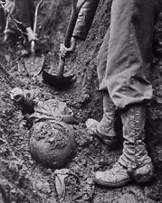 WW2 US Army Soldiers Digging Up Mass Grave WWII Photo FL115