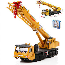 Mega Lifter Crane Construction Vehicle Cars Model Toy 1:55 Scale Diecast in box
