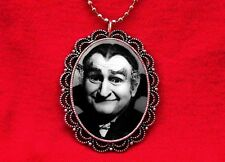 GRANDPA MUNSTER DRACULA VAMPIRE MONSTER NECKLACE GOTH