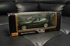 Maisto 1996 Jaguar XK8 Green Die Cast Car Model 1:18
