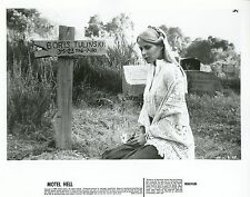NINA AXELROD  MOTEL HELL  1980 VINTAGE PHOTO ORIGINAL #2
