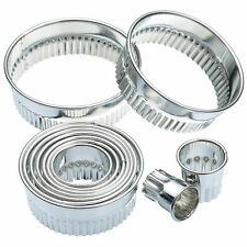 Kitchen Craft 11 fluted Round Biscuit,pastry  Cookie Cutters & Storage Tin