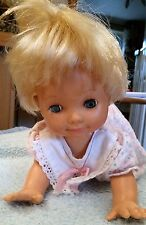 Vintage Oopsie Daisy Crawling, Crying Doll Irwin Toys Limited