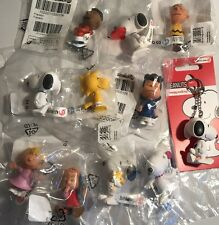 11 Schleich Peanuts Figures Snoopy Charlie Brown & 7 McDonald's Happy Meal Toys