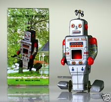 MS372 Retro Tin Robot Side Stepping Robot Vintage Reproduction NEW Windup toy