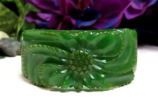 Vintage RARE Heavily Carved Emerald Green Bakelite Clamper Bangle Bracelet