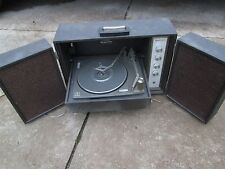 VINTAGE MAGNAVOX STEREOPHONIC  PORTABLE RECORD PLAYER W/SPEAKERS PARTS