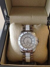 $350 GC Guess Collection Stainless White Ceramic Ladies Sport Watch G29005L1